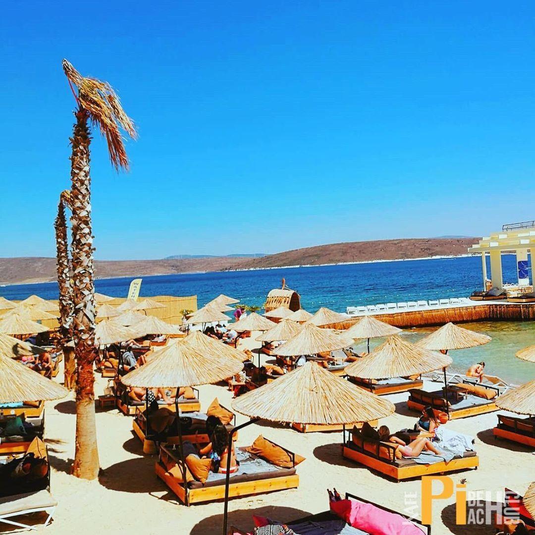 , Bu yazı eşsiz kılmak için 10'a özel konseptiyle KafePi Beach Club 'ı keşfedin. . . . . #kafepibeachclub #çeşme #alaçatı #eğlence, My Travels Blog 2020, My Travels Blog 2020