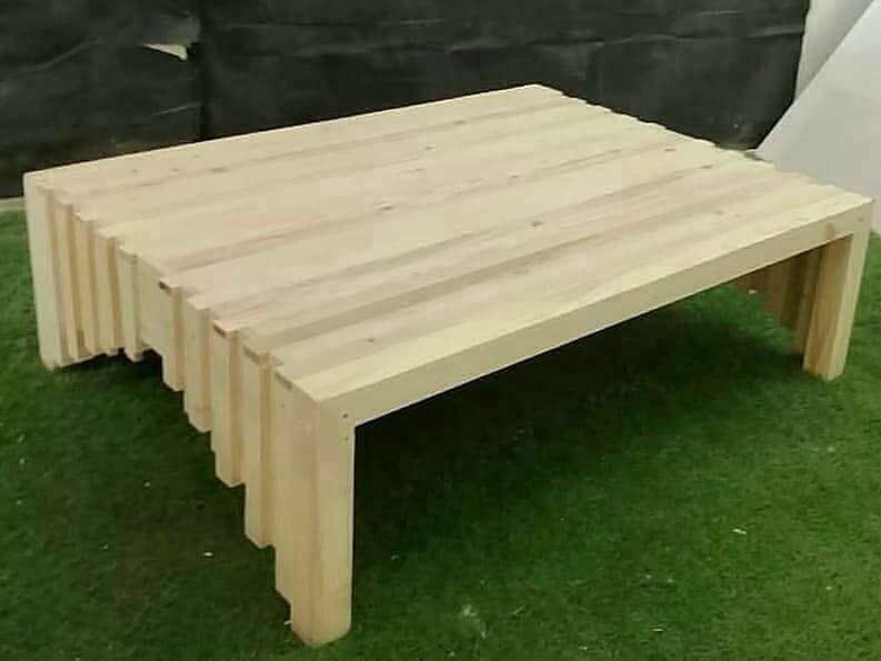 طاولات أرضية بتصميم يلائم جميع انواع الجلسات خشب طبيعيي القياس 120 80 السعر 250 درهم فقط دبي Pallet Seating Pallet Sectional Diy Pallet Furniture