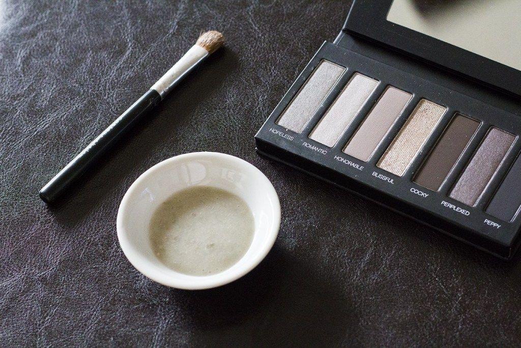 All Natural NonToxic Makeup DIYs Eyeshadow primer, Non