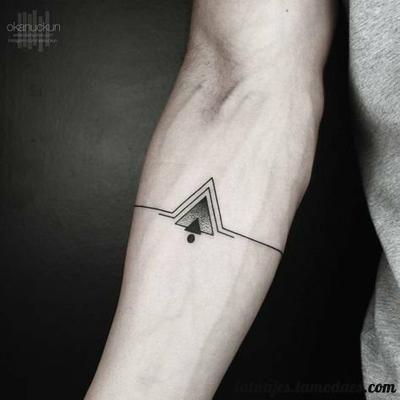 Tatuajes De Triangulos Diseños Y Significado Inked Pinterest