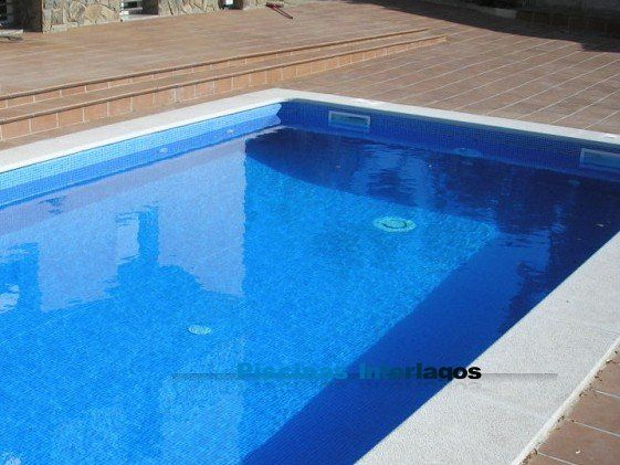 La piscina mas estandarizada 7 x 3 5 con 1 4 de for Cuanto cuesta hacer una pileta de natacion