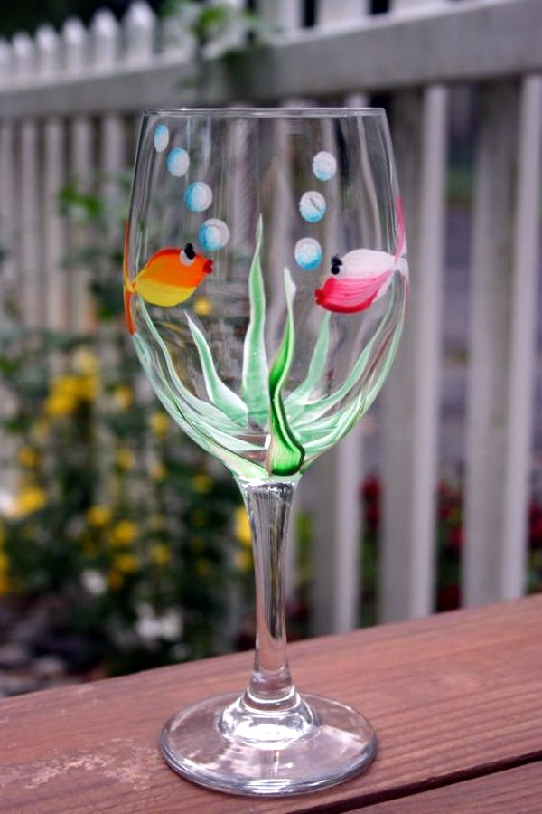 40 Glass Painting Ideas For Beginners Hand Painted Wine Glass Painted Wine Glass Glass Painting Designs