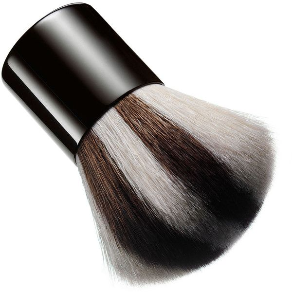 Chantecaille Kabuki Brush (215 BRL) ❤ liked on Polyvore featuring beauty products, makeup, makeup tools, makeup brushes, beauty and chantecaille
