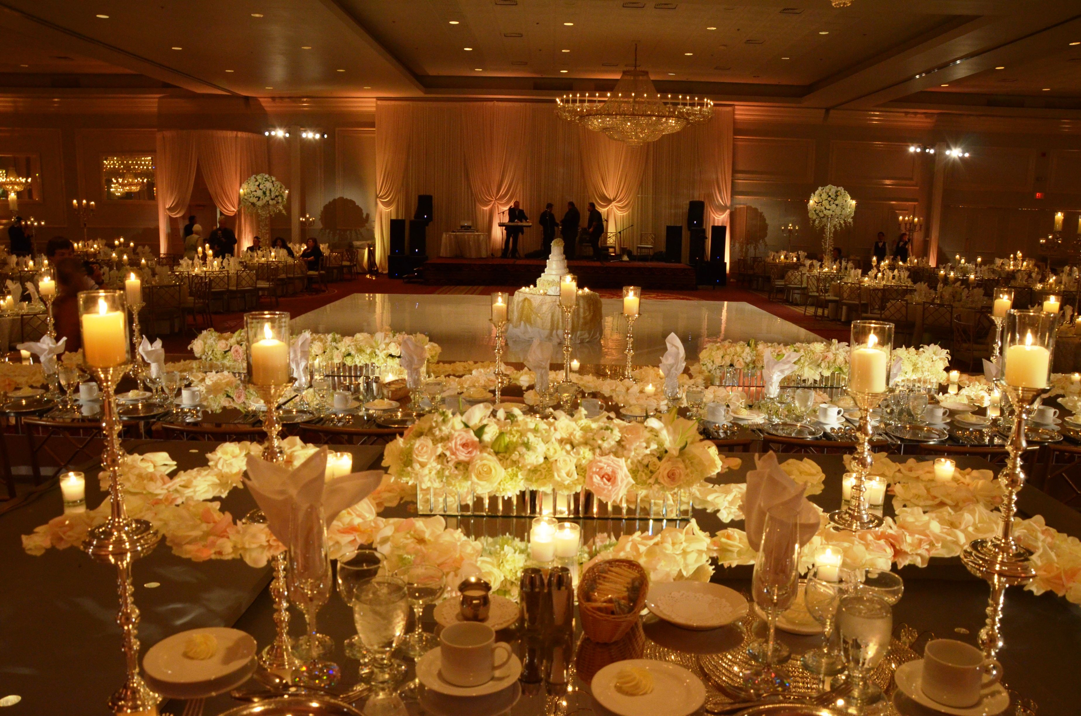 Unforgettable Garden Wedding Decor: Unforgettable Head Table Decor Filled With Fresh Flowers