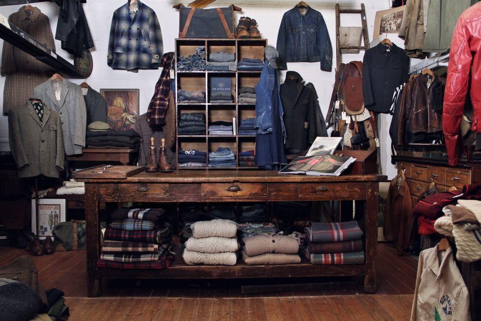 The Vintage Showroom Covent Garden Http Www Mbds Com Blog Vintage Showroom Mens Fashion Edgy Modern Gentleman Style Vintage Store