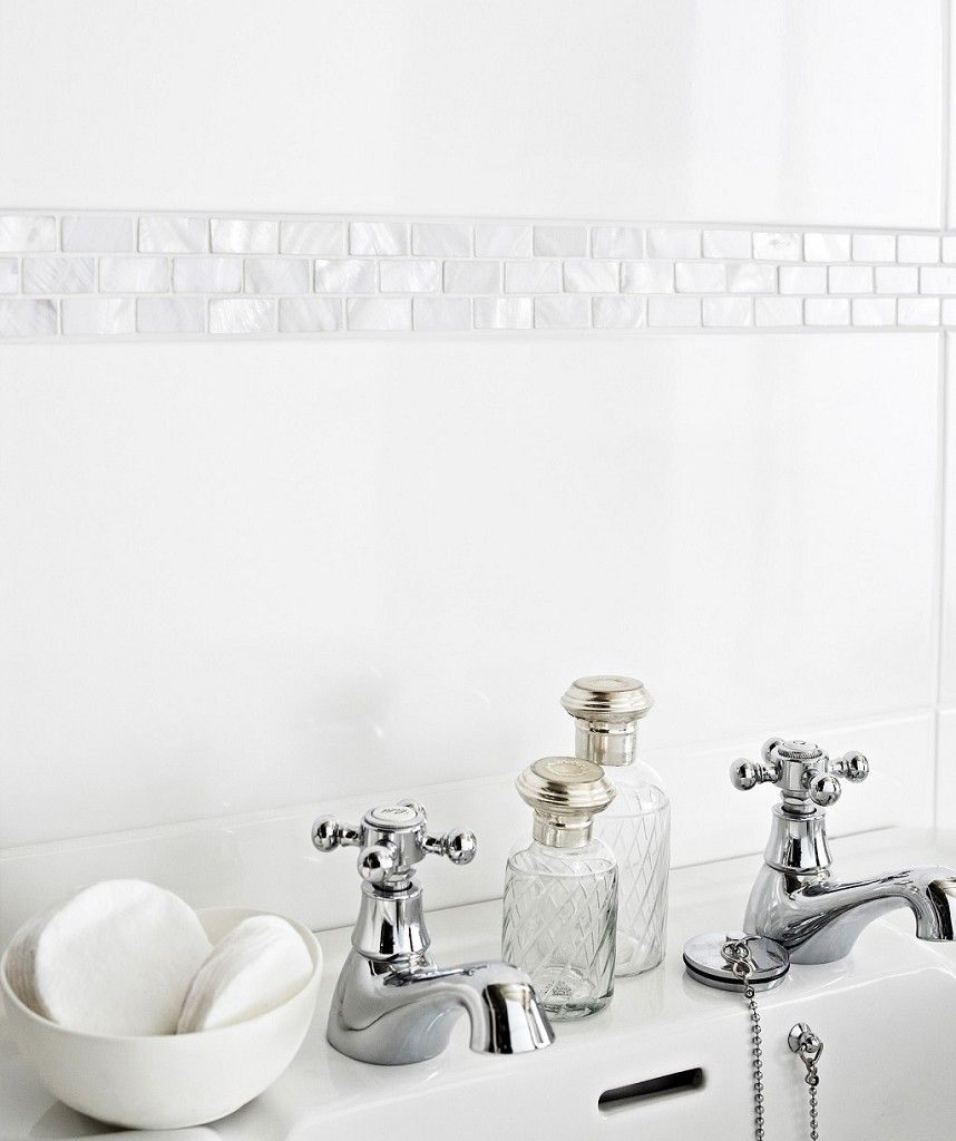 Mother of pearl white brick border topps tiles i have - Bathroom border tiles ideas for bathrooms ...