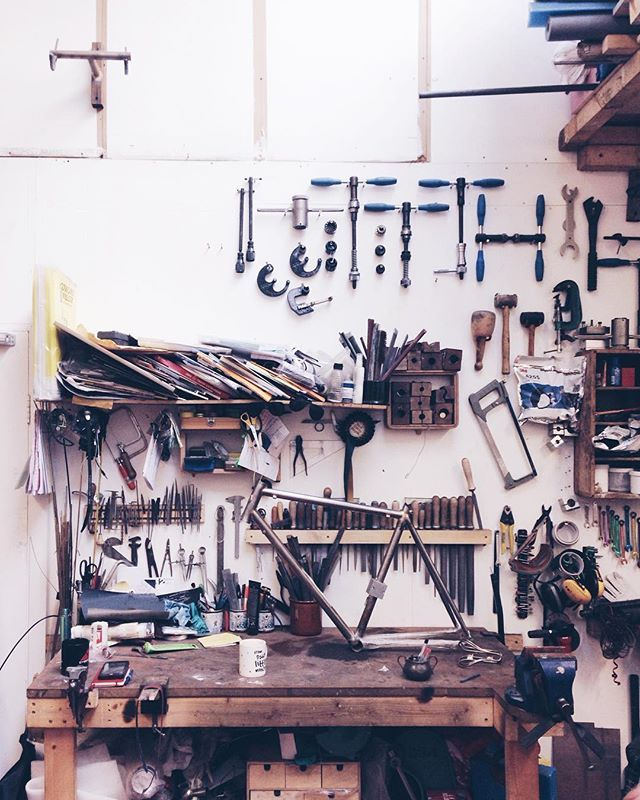 This is the work space of jeweller turned frame builder Caren Hartley of @hartleycycles. More in issue 31! 🚲 . #cycling #bikes #Hartley #tools #artisan #workspace #framebuilder