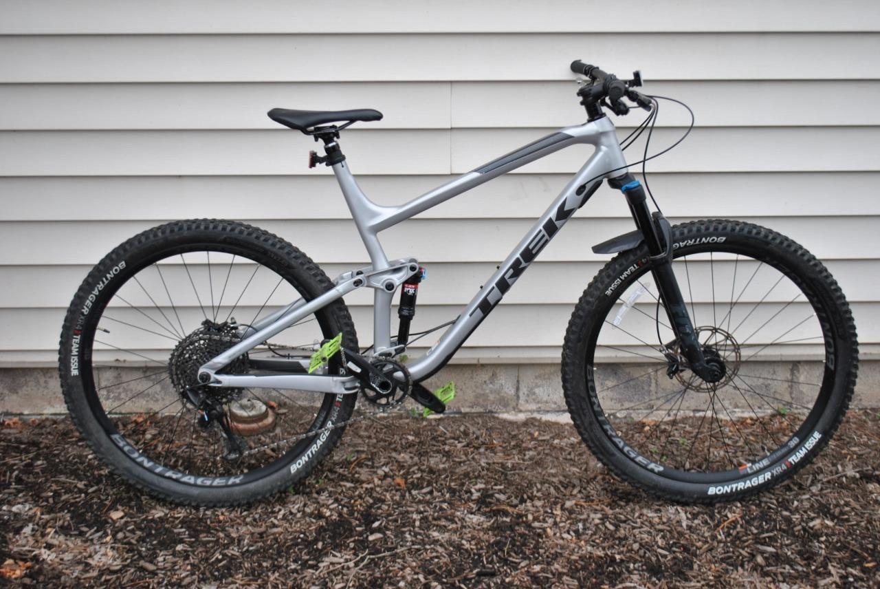 Trek Fuel Ex 8 Mountain Bike With Bontrager Wheels Silver