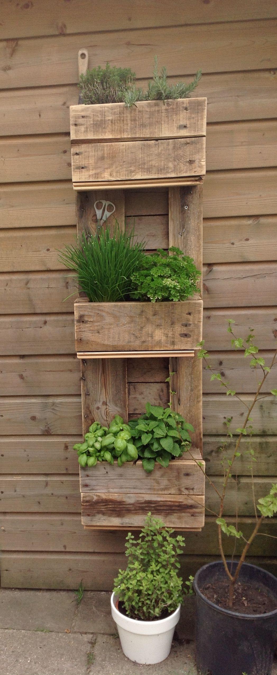 Pallet Wall Herb Garden Diy Garden Wall Livingwall 400 x 300