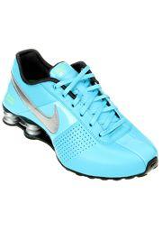 0ff3c409804e Tênis Nike Shox Deliver - Azul Piscina Destaque-se nos momentos casuais com  o Tênis Nike Shox Deliver. Além de todo o estilo e o conforto