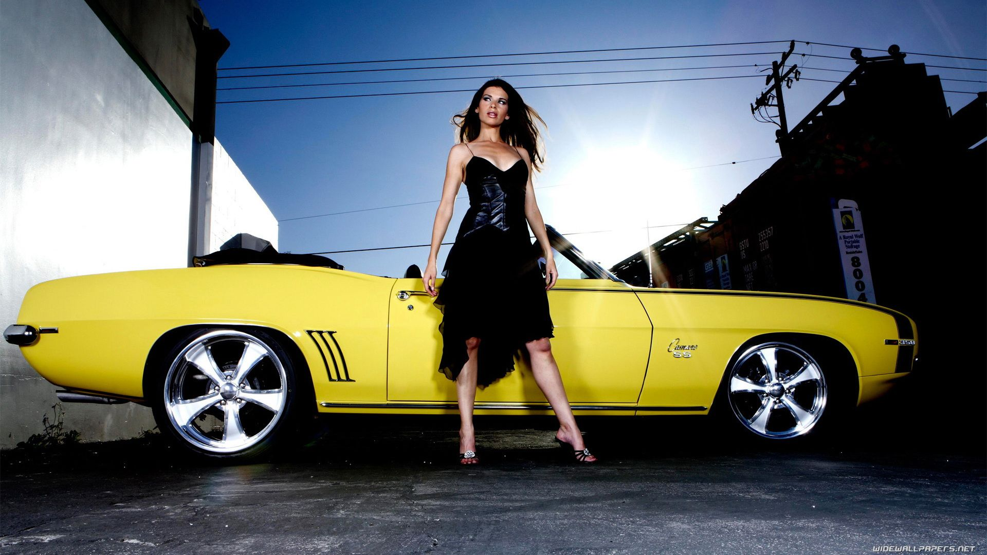 Babes And Muscle Cars Related Posts Camaro Chevrolet Girls Gm