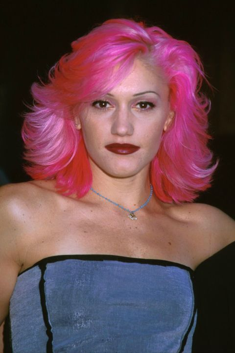 The 90s Fashion Trends We Can T Believe Are Back Bright Pink Hair Hair Color Pink 90s Hairstyles