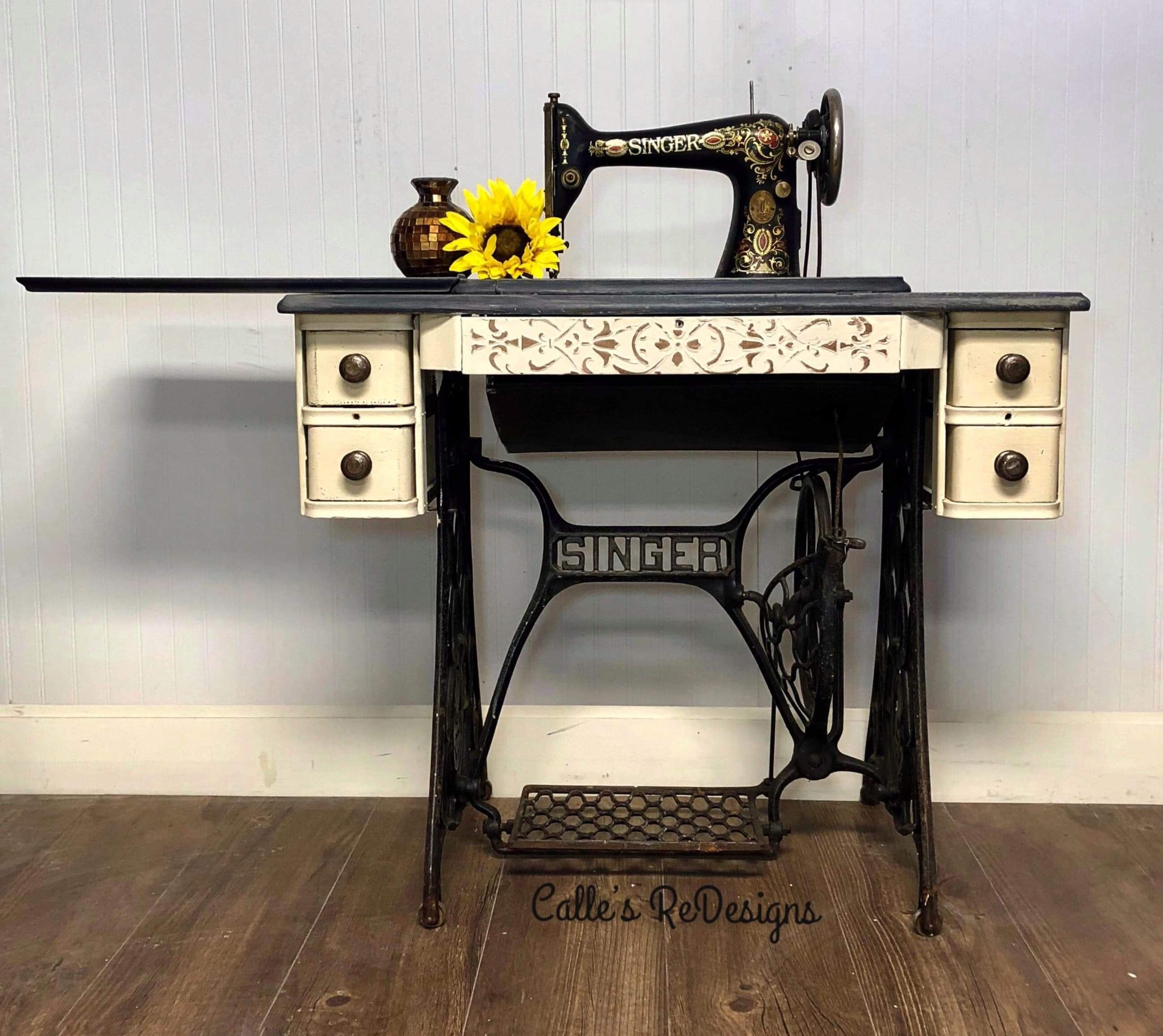 Vintage Sewing Machine Restored I painted this