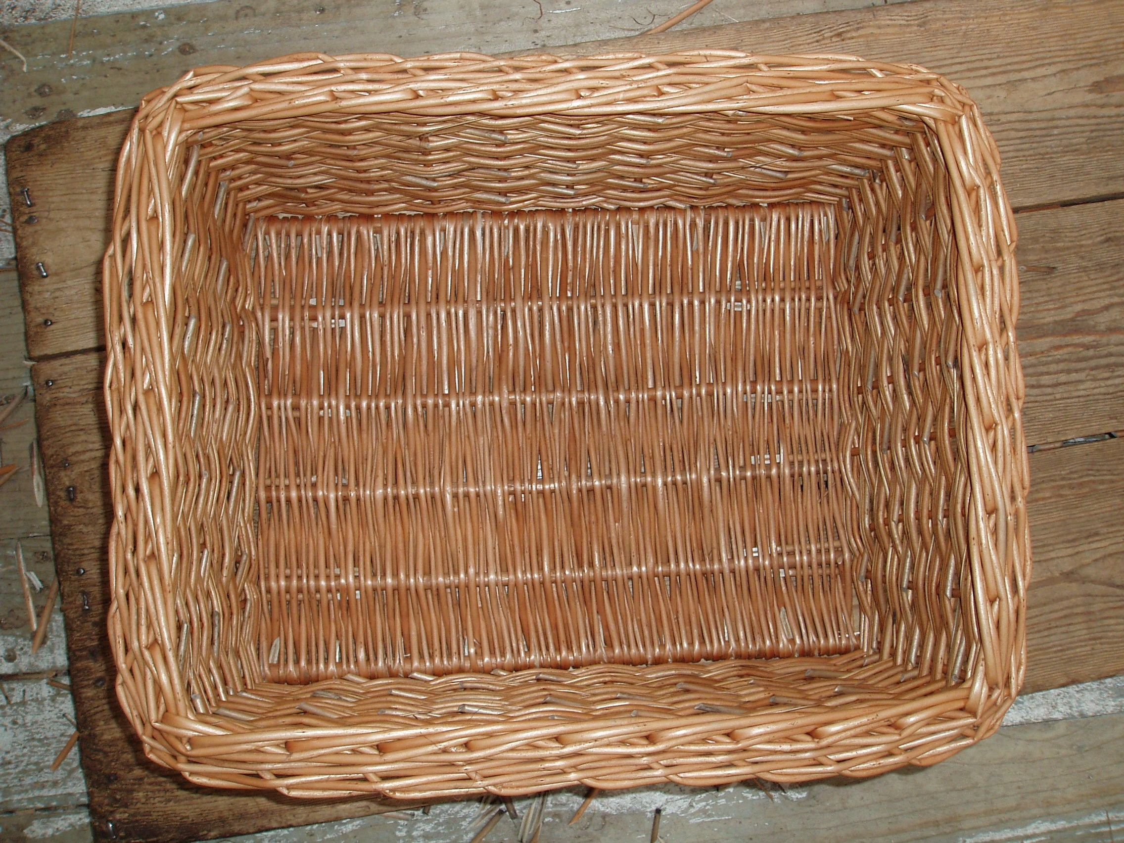 Wicker storage basket home storage baskets melbury rectangular wicker - Again The View From The Top Showing The Special Border An Even Thickness Of