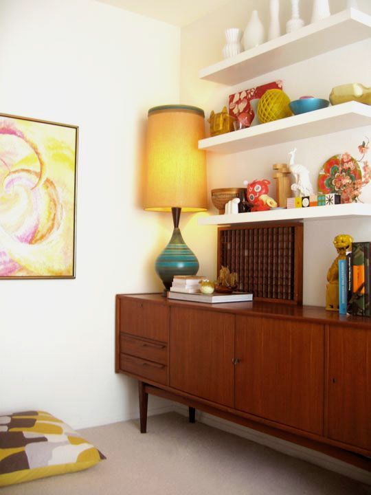 AT Book Alert: Update on Jonathan\'s 60\'s Retro Bedroom | Apartment ...