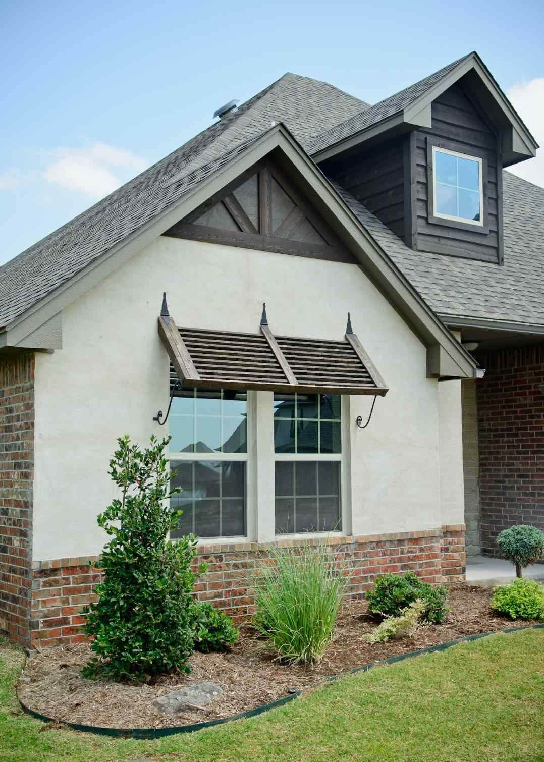 Brick Stucco And Brick Siding With Stucco And Stone Combinations