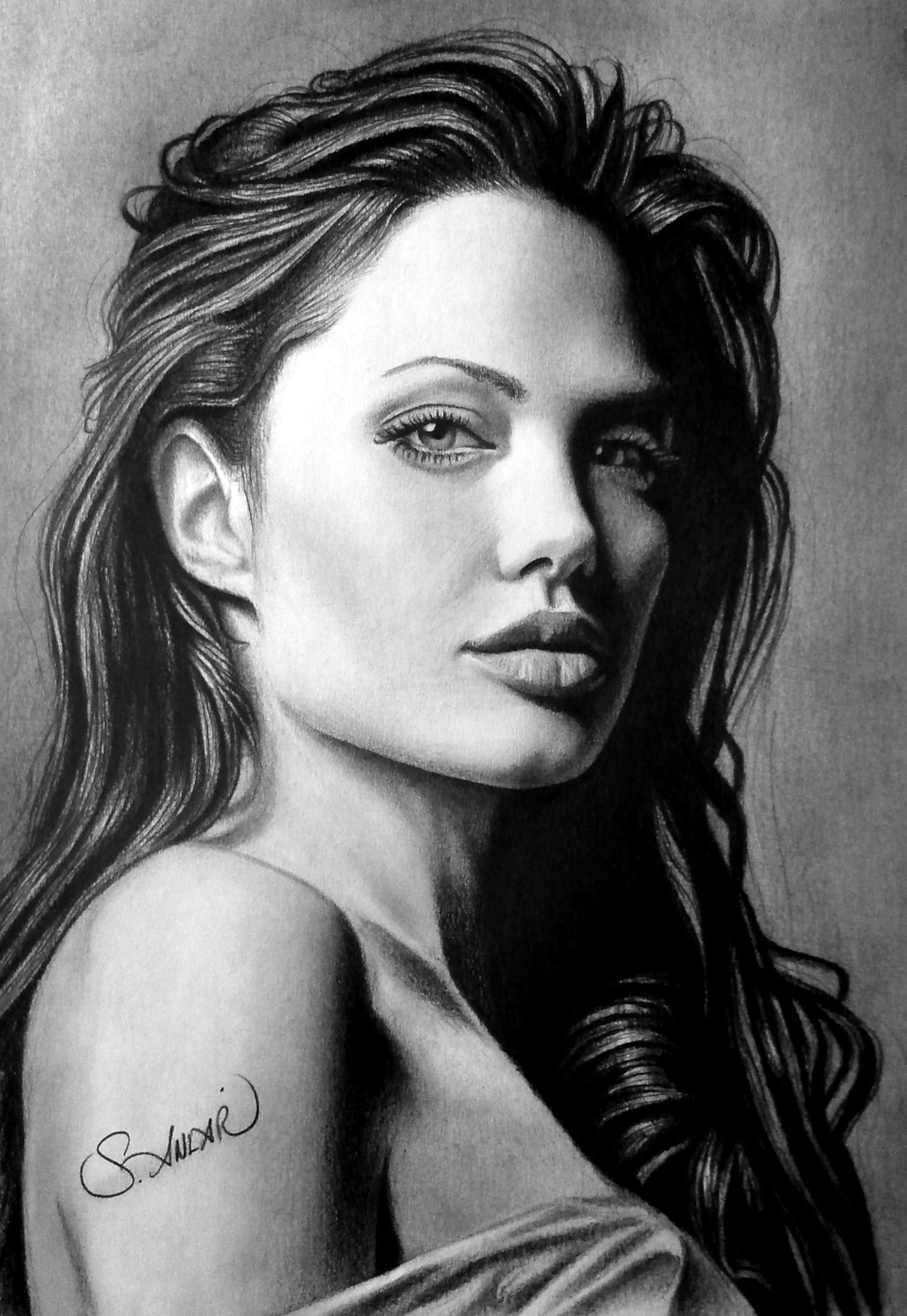 Charcoal drawing angelina jolie