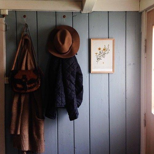 quaint and quiet entryway
