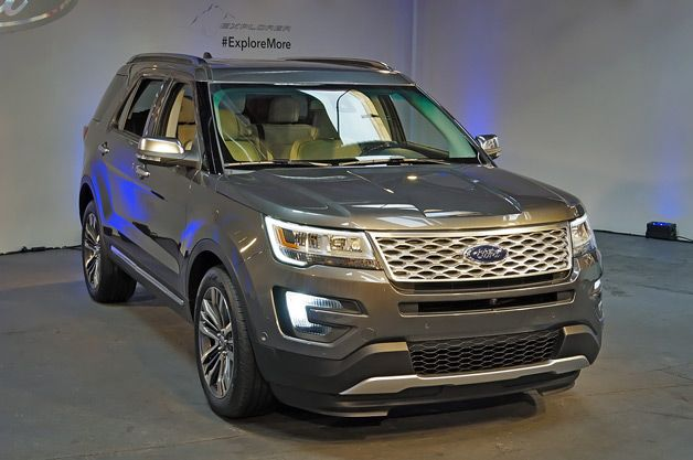 2016 Ford Explorer Revealed With New 2 3 Liter Ecoboost Ford Explorer Ford Suv Dream Cars