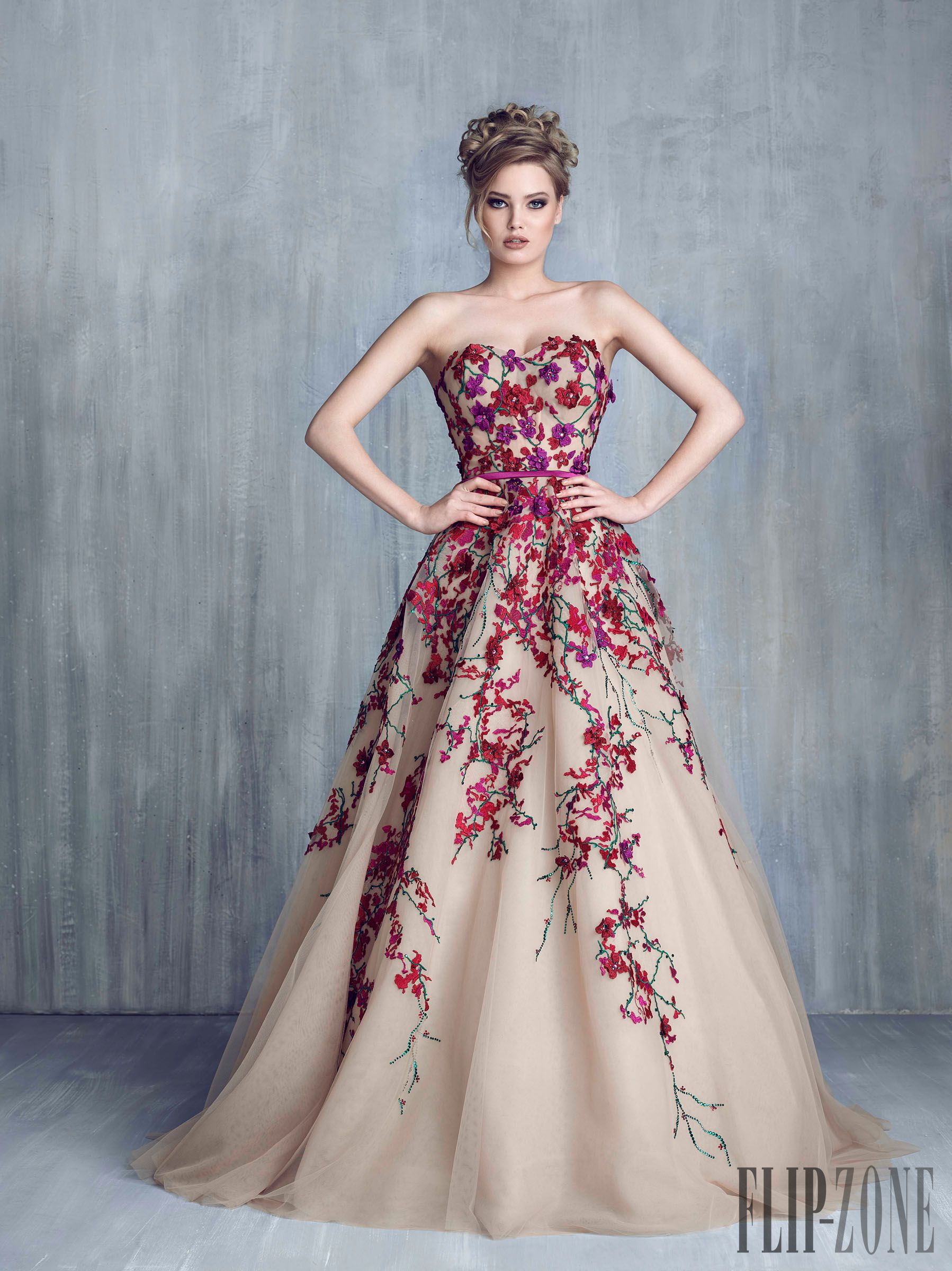 15 (Head-Over-Heels Gorgeous) Floral Wedding Dresses | Fall winter ...