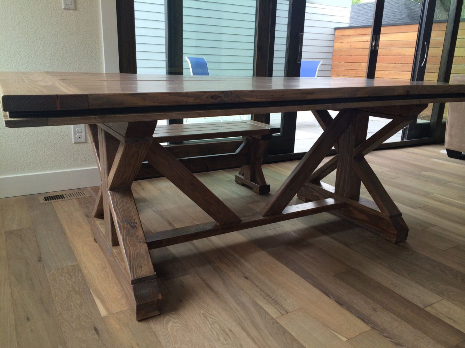 Discover A Farmhouse Table And Chairs On Gumtree The 1 Site For Dining Tables Chairs For Sale Classifieds Ads In The Uk Farmhousetable Farmhouse Rustic