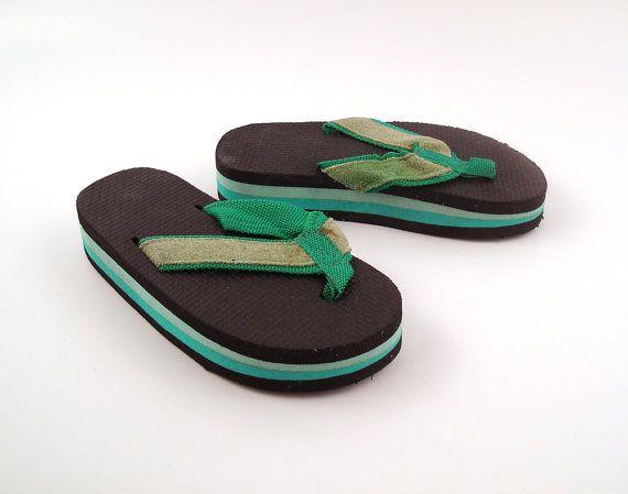 161a2c9297b9 1980s Flip Flops Vintage Thongs Green Sandals Kid s size 13