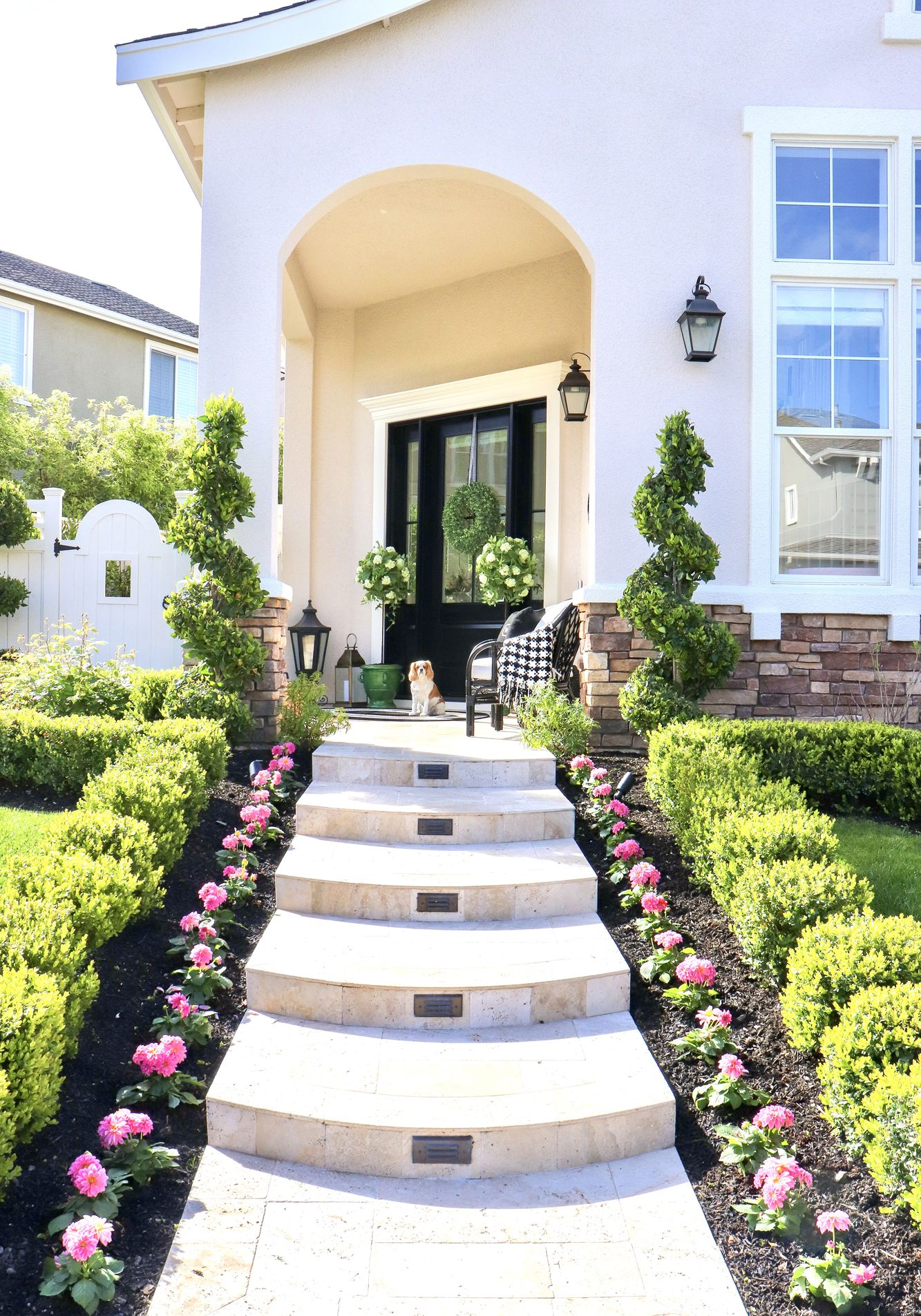 10 Easy Beautiful Spring Porch Ideas Beautiful Curb Appeal