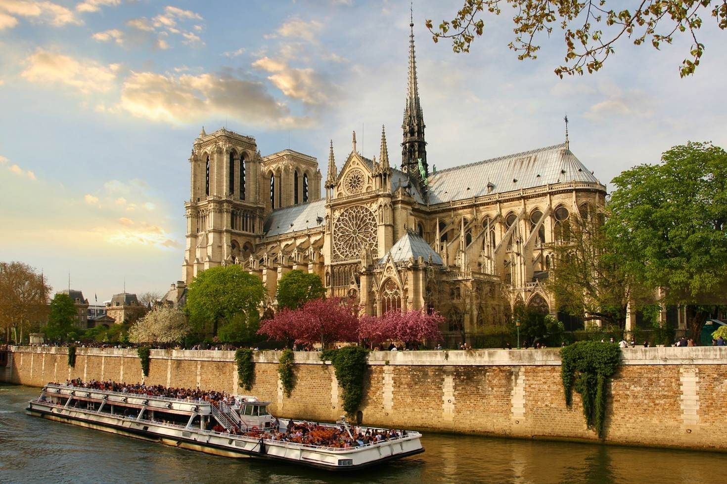 top 20 free things to do in paris de paris notre dame and free things