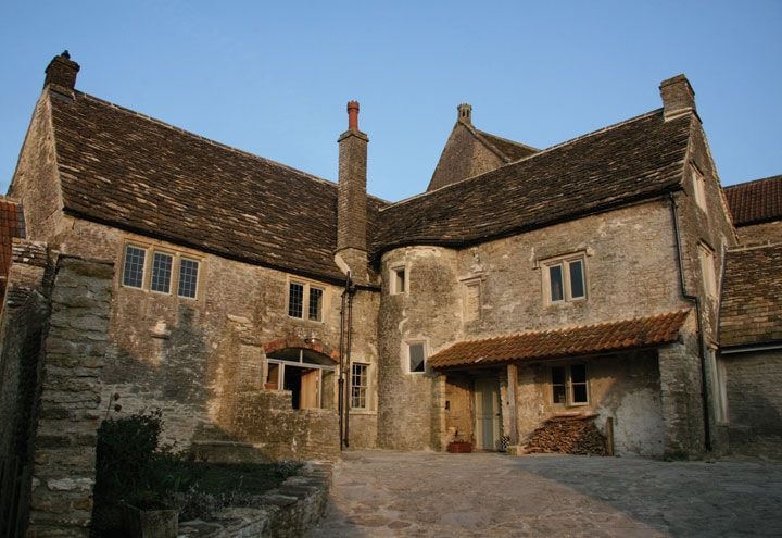 The Malthouse, Norton St. Philip, Somerset 2008 The Malthouse forms part of a collection of medieval and 17th century Grade II listed buildings, grouped around a central courtyard in Somerset, extensively renovated by Knox Bhavan Architects.