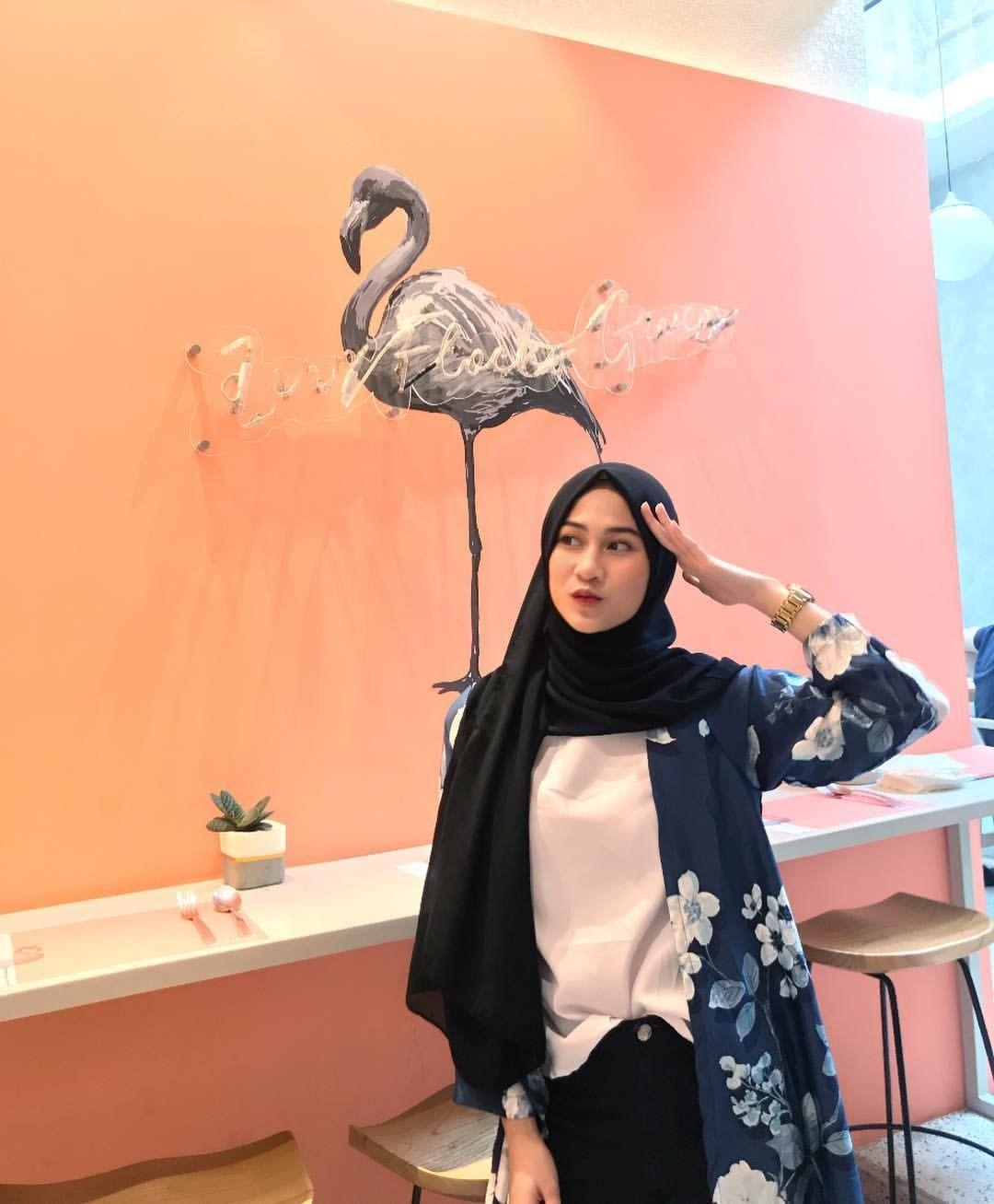 Ootd Hijab Baju Biru Dongker