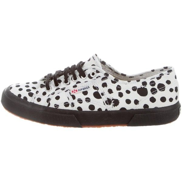 35aa5516525 Pre-owned Superga Canvas Low-Top Sneakers ( 65) ❤ liked on Polyvore ...