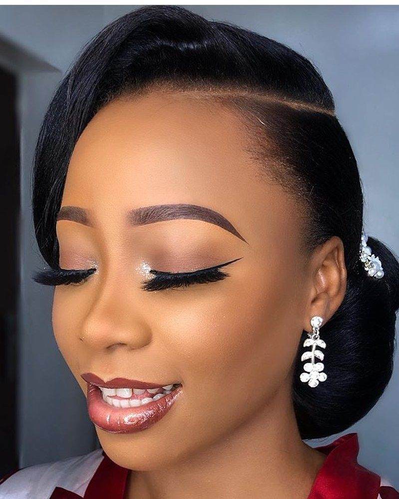 2019 Latest and Lovely Makeup Styles for Dark Skinned