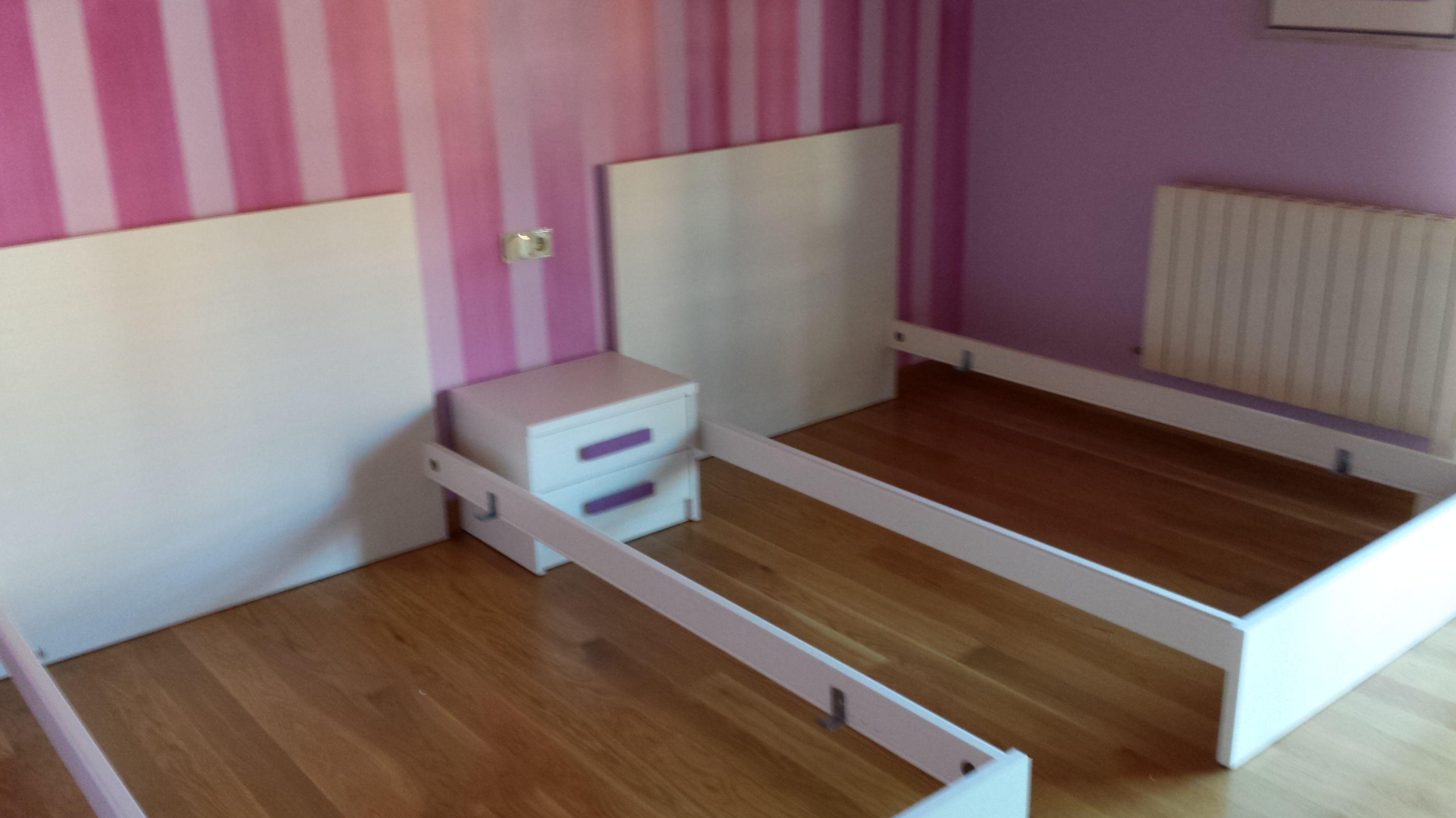 Qui n dijo que ya no se llevan las camas gemelas blanco for Camas gemelas juveniles