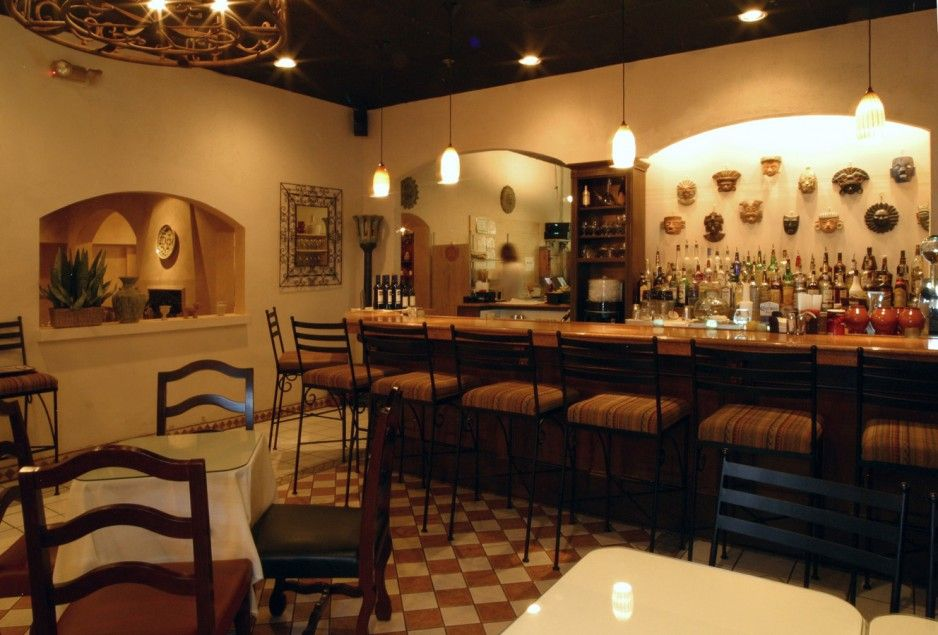 busy restaurant interior. Exellent Interior Restaurant Inspiring Interiors Of Restaurant That You Must See Retro  Interior Themes Idea With Granite Countertops Mini Bar And Classic Chair  For Busy R