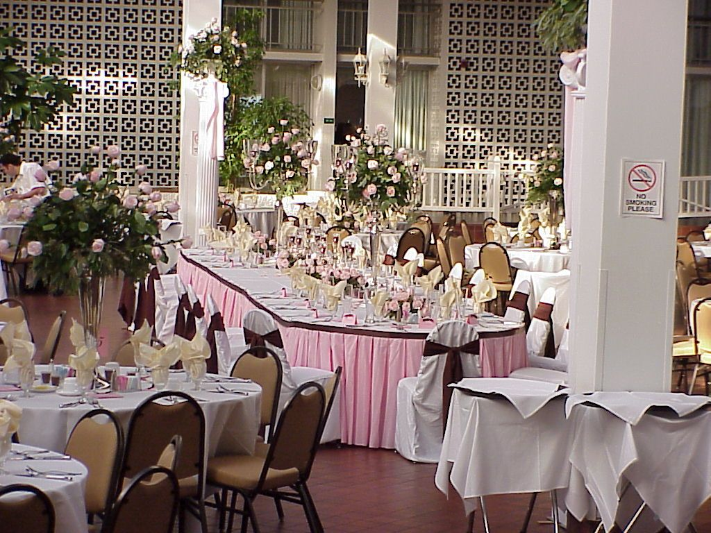 Pin By Evansville Hotels On Clarion Weddings