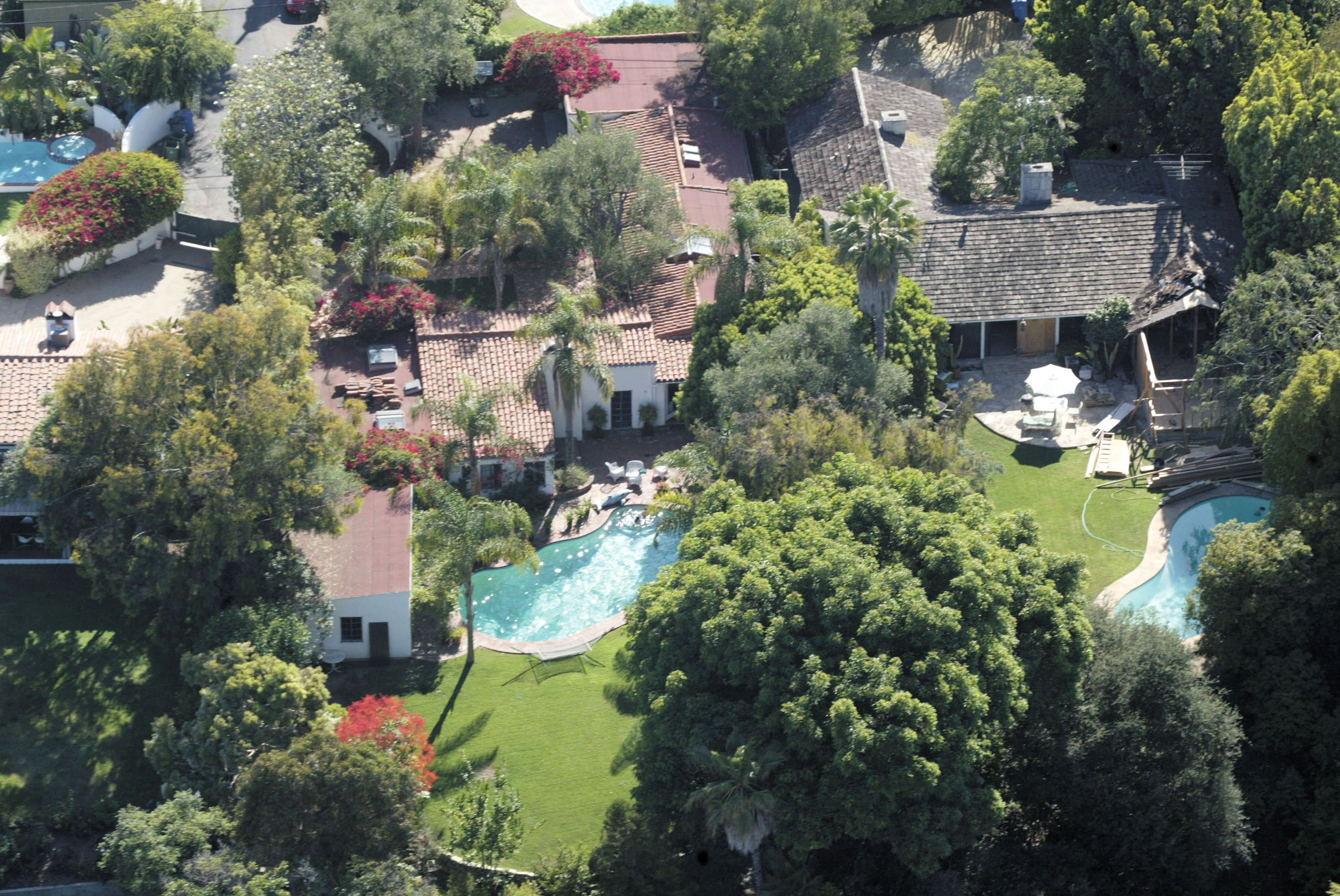 Tour Marilyn Monroe S La Home Marilyn Monroe Celebrity Mansions The Neighbourhood