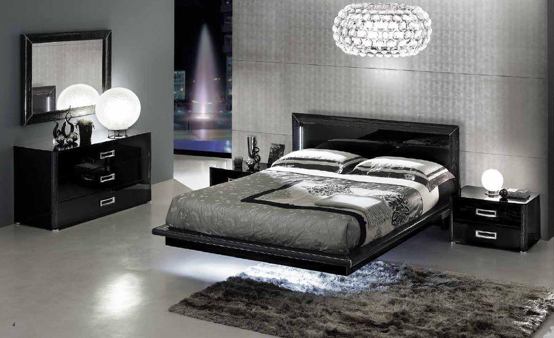 Italian Lacquer Bedroom furniture in Black 3175