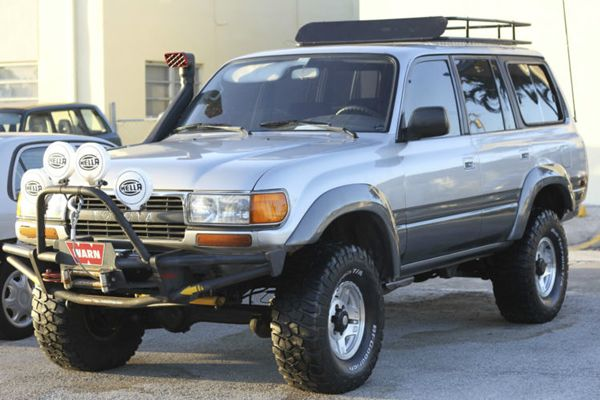 For Sale 1992 Toyota Fj80 Land Cruiser Grab A Wrench In 2020 Land Cruiser Toyota Land Cruiser Cruisers