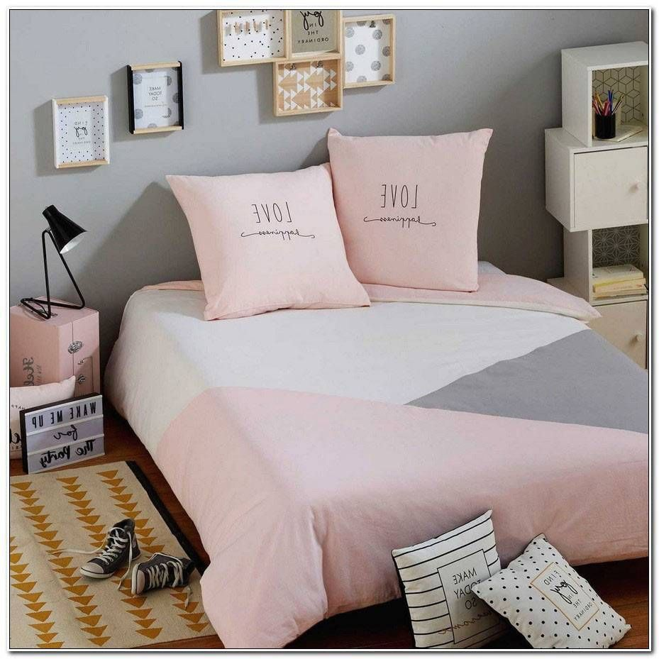 Chambre Ado Fille Gris Et Rose in 2020 | Girl room, Room, Bed spreads