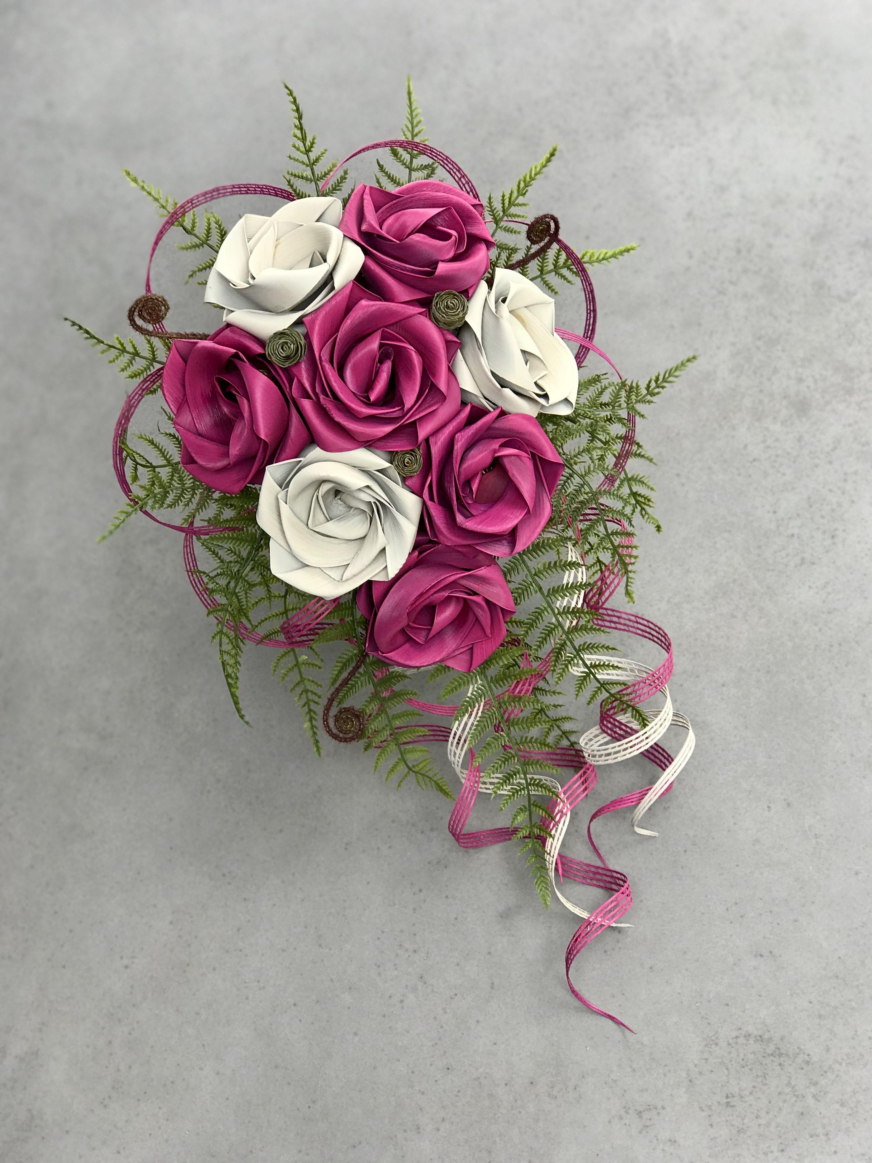 Raspberry white waterfall brides bouquet flower arrangements raspberry white waterfall brides bouquet izmirmasajfo
