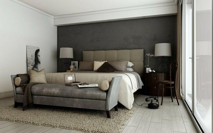 Schlafzimmer Grau Beiger Teppich Elegantes Bettkopfteil Schlafzimmerbank  Akzentwand