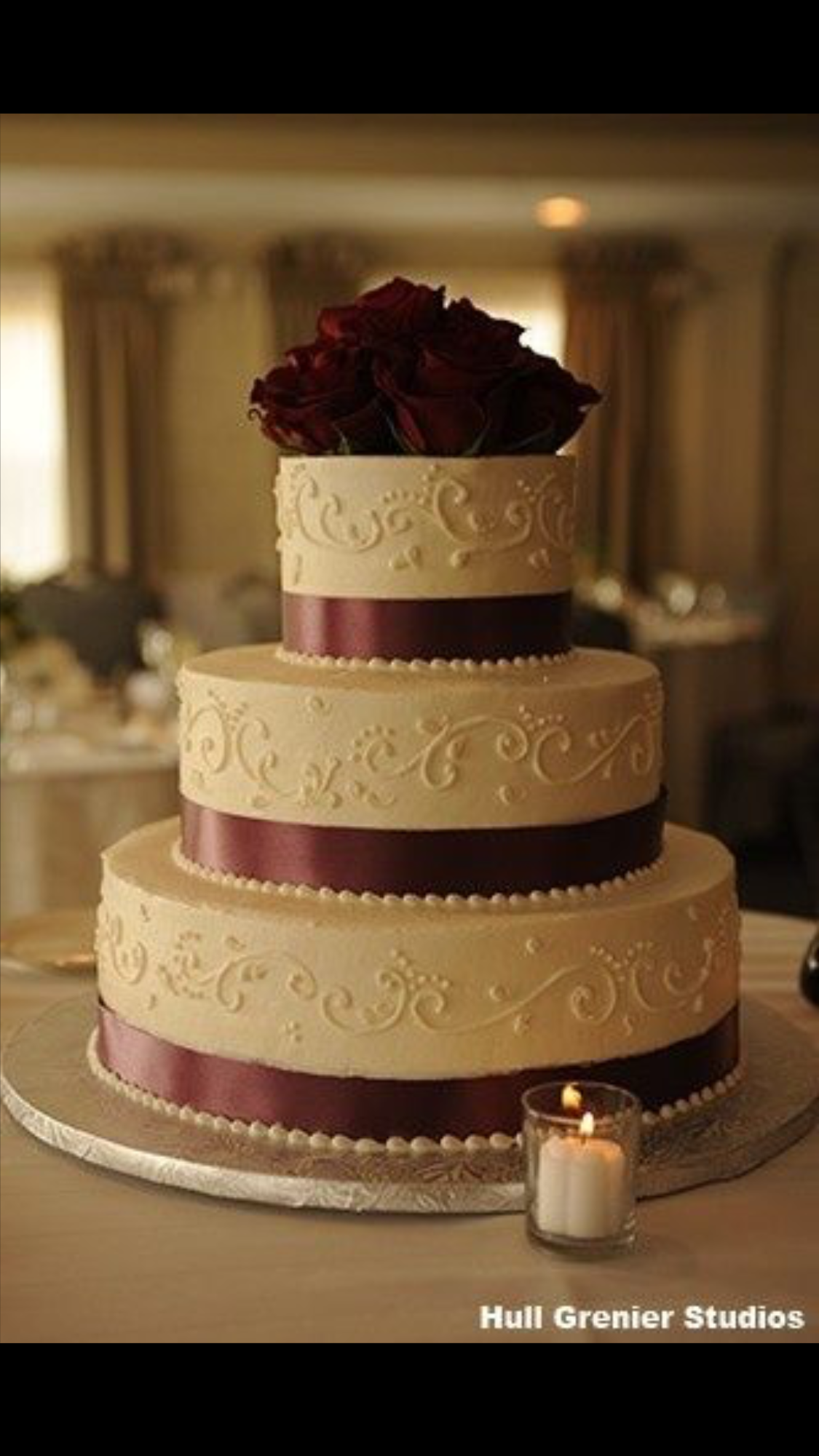 Maroon and cream wedding decor  Pin by Tonna Ward on Calius Wedding  Pinterest  Beach wedding