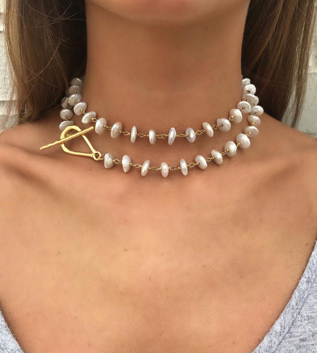 Lisajilljewelry This Pearl Necklace Is Every Woman S Dream It Can Be Worn As A Double Choker A Lar Tendencias En Joyería Collar Bisuteria Collar De Perlas