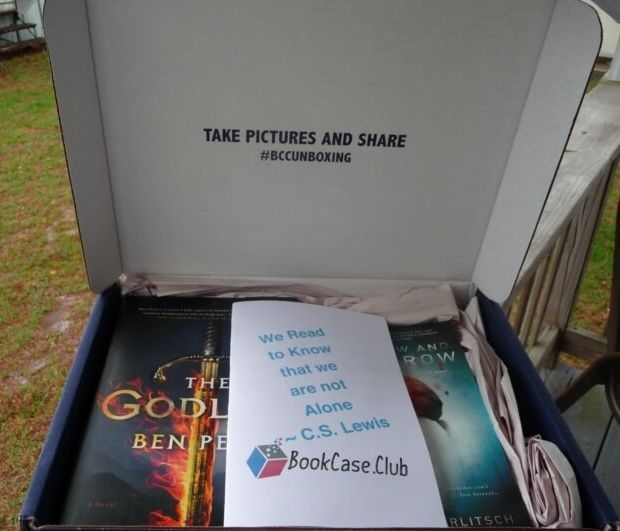 May 2016 Book Case Club Subscription Box Review & Coupon - Strange Worlds Case - http://hellosubscription.com/2016/05/may-2016-book-case-club-subscription-box-review-coupon-strange-worlds-case/ #BookcaseClub #subscriptionbox