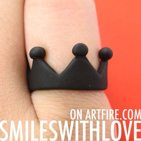 $5.99 Royal Crown Princess Ring in Black Available in US size 6 ONLY