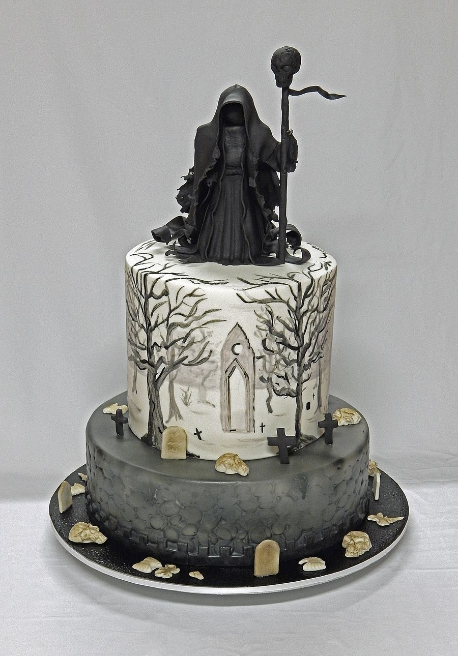 The Darkest Hour 40th Birthday Cake With Images Gothic