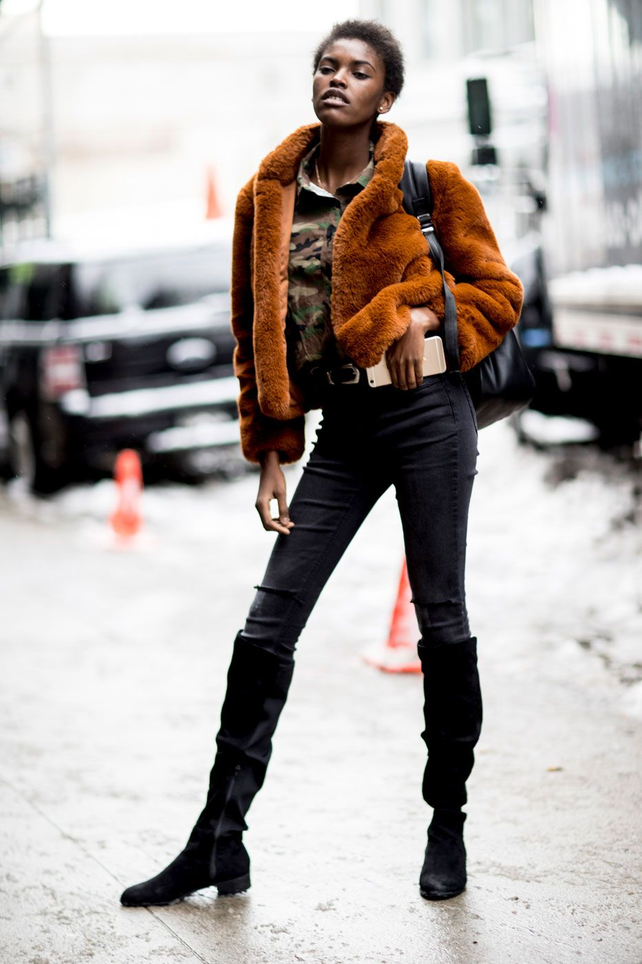 61527db1d851 25+ Winter Street Style Outfits To Keep You Stylish and Warm #winterfashion  #streetstyle #ootd #outfits