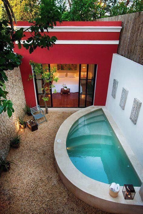 Pin de limetequilacat garden en water pool in ground for Albercas en patios pequenos