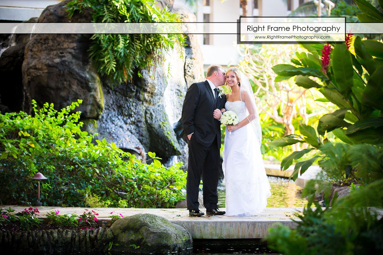 Photo By Www Rightframephotography Com Waikiki Wedding In Akala Chapel Hilton Hawaiian Village Honolulu Hawaii Wed Hilton Hawaiian Village Wedding Waikiki
