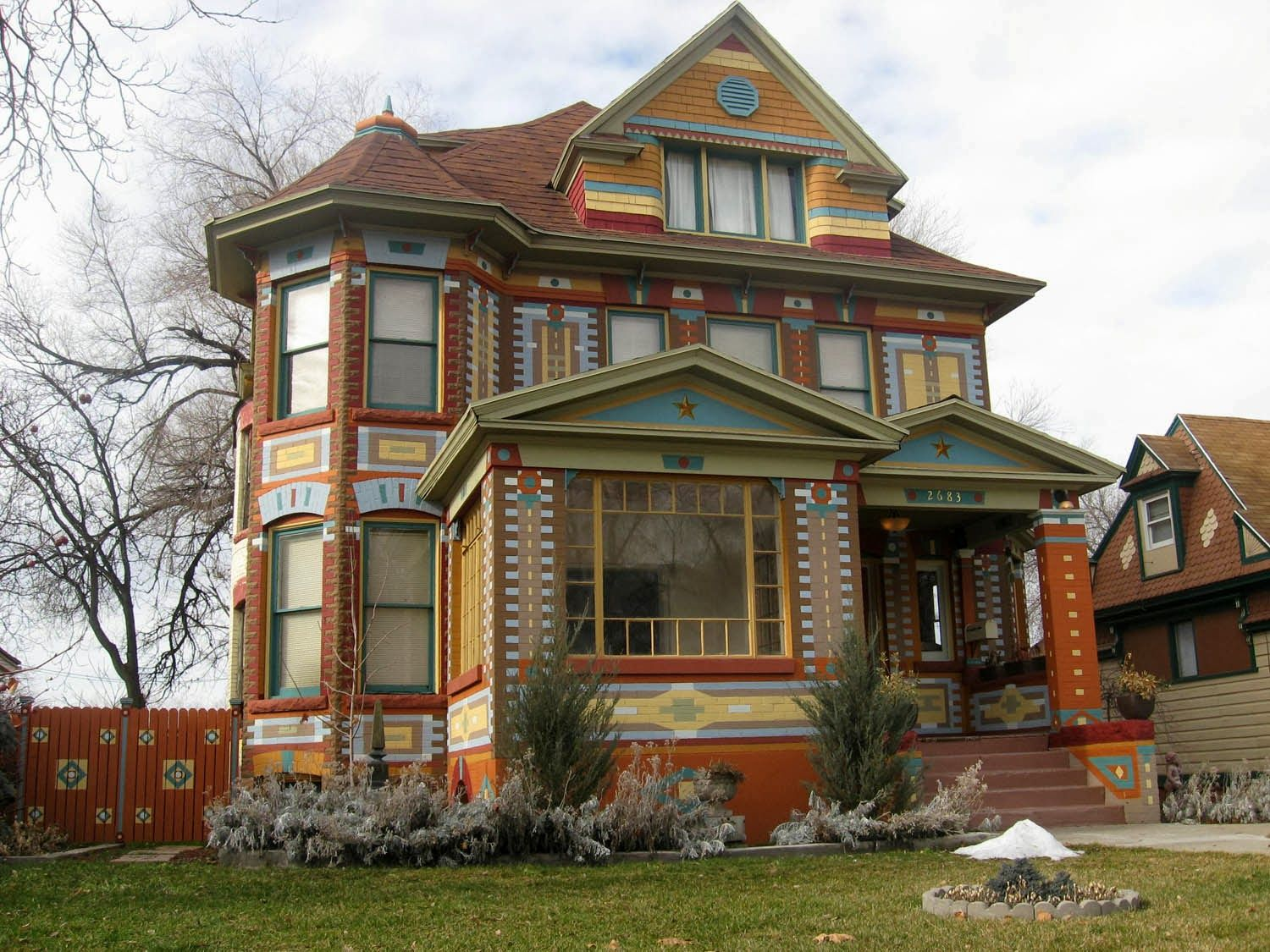 Jefferson Ave Historic Ogden Victorian Pioneer Homes Victorian Homes Victorian Style Homes Painted Lady House